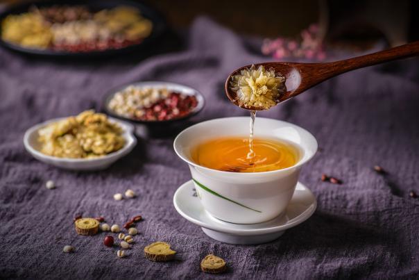 中药保健茶——清热明目菊花茶的功效