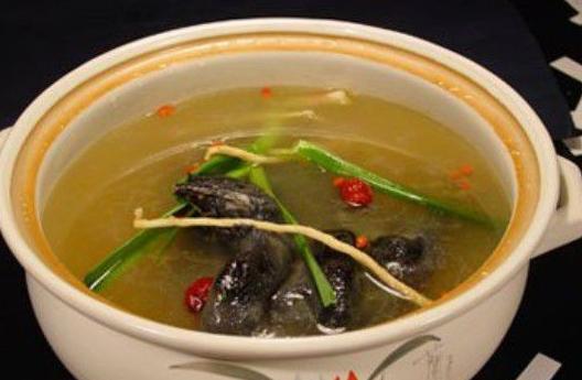 春天到来,给大家推荐一款中药养生汤