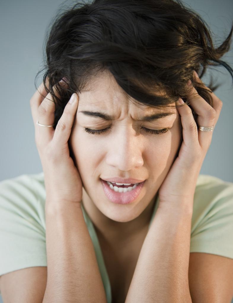 中医药大学教授教总结的几个治疗头痛常用对药