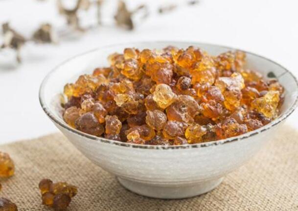 桃胶怎么吃好,桃胶的食用方法